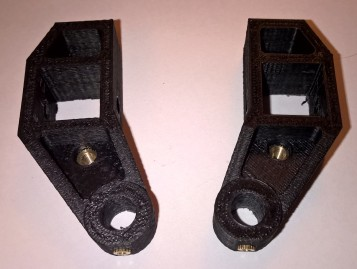 Y-axis left and right mounts - back view with nuts