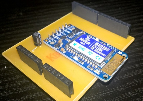 Upload a sketch to an Arduino UNO with bluetooth using the